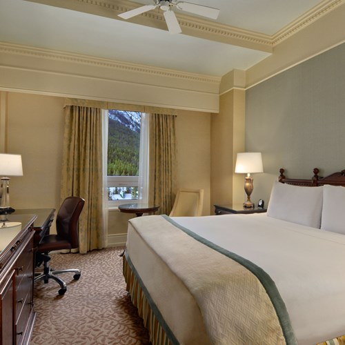 Fairmont Banff Springs, ski hotel in Canada - double room