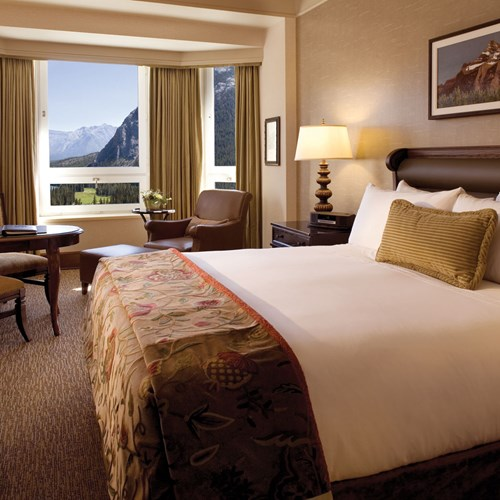 Fairmont Banff Springs, ski hotel in Canada - double room with a view