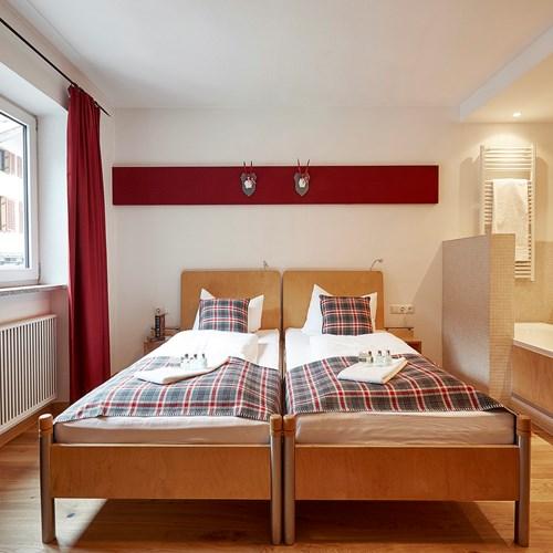 Twin room at Chalet Amalien Haus, ski accommodation in St Anton, Austria