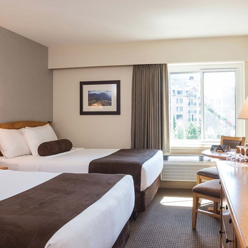 Crystal Lodge, ski accommodation in Whistler. Double twin / family room