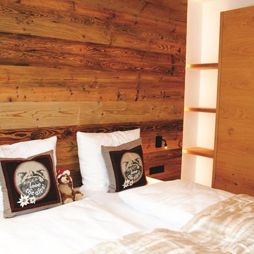 Little Haus bedroom. Ski accommodation in St Anton, Austria