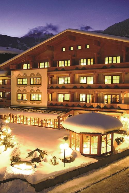 Hotel Tirolerhof, ski accomodation, Zell am See, Austria - snowy exterior