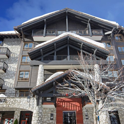 Hotel-Avenue-Lodge-Val-d-Isere-exterior