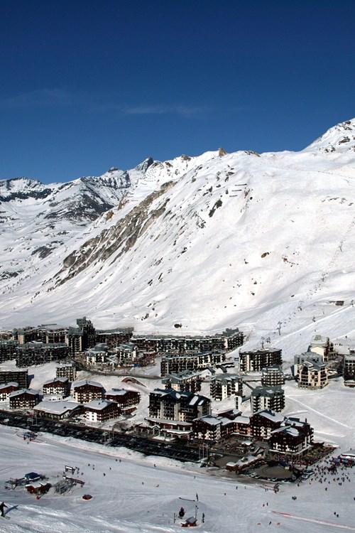 Tignes-skiing-France-val claret village
