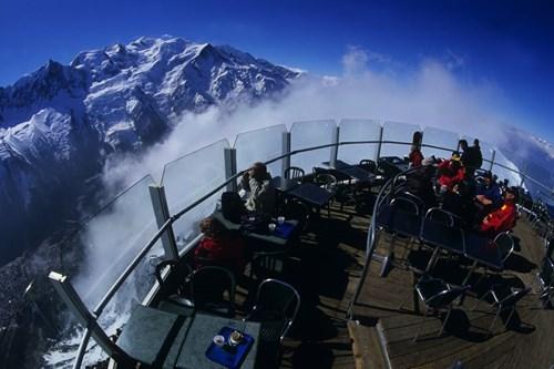 Chamonix-spring-skiing