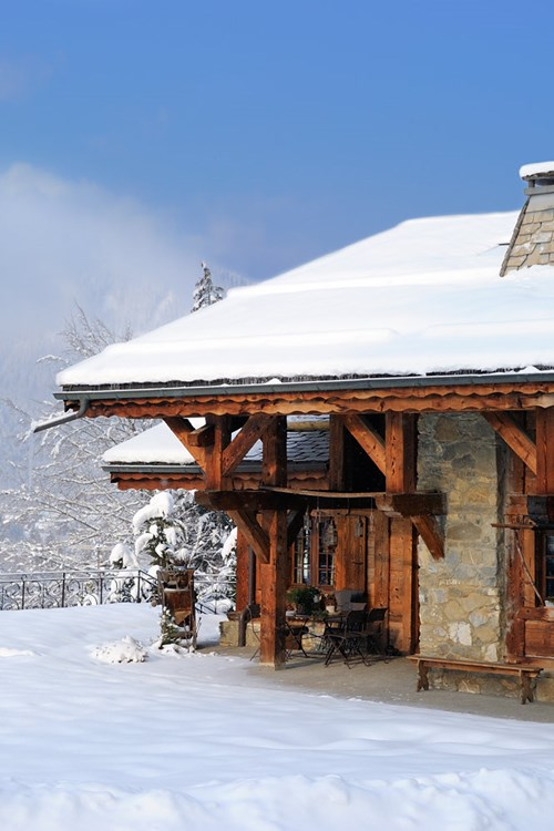 Morzine-France-mountain-chalets.jpg