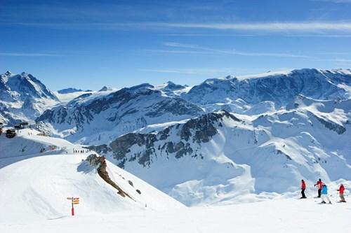 Courchevel-spring-skiing