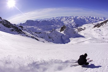 Val-Thorens-France-off-piste-skiing