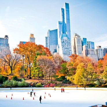 New-York-ice-sating-in-central-park.jpg