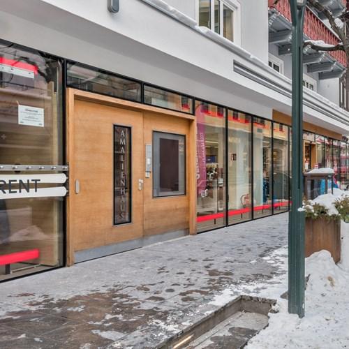 Chalet Amalien Haus exterior ski accommodation St Anton