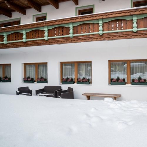 Little Haus exterior. Ski accommodation in St Anton, Austria
