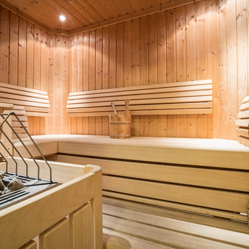Little Haus sauna and wellness. Ski accommodation in St Anton, Austria