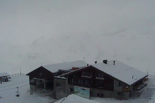 Zermatt-Switzerland-webcam-Bergbahnen