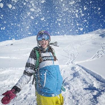 Meribel-2016-Anita-snowy-shot1.jpg