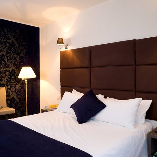 courchevel-olympic-courchevel-1850-double-room-blue.jpg