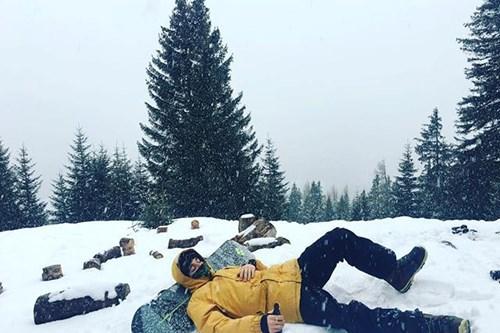 Snow-bathing-st-anton