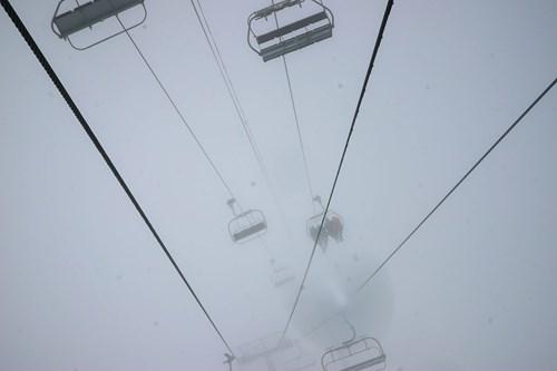 Ski-lift-fog