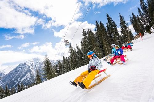 Ischgl-Austria-Sledging-Kids-2-©Tourismusverband Paznaun – Ischgl.jpg