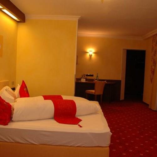 Hotel Maria Theresia, Ski Accommodation Austria. Bedroom