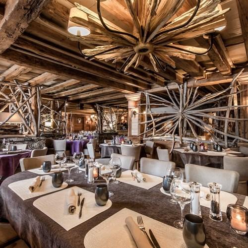 Hotel Eterlou Meribel-Hotel restaurant La Grange