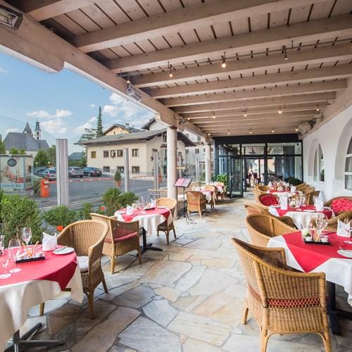 Sporthotel Reisch, Kitzbuhel ski accommodation, the terrace restaurant
