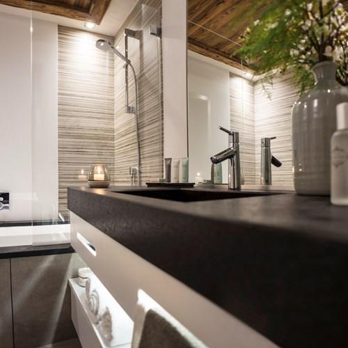 Chamonix-Le-Cristal-de-Jade-studio-Bergoen-12.jpg