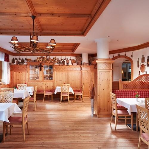 Alpenhaus Hotel, Kaprun, bar