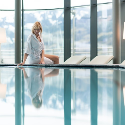 Hotel Tauern Spa, Kaprun, ski accommodation, spa area and indoor pool