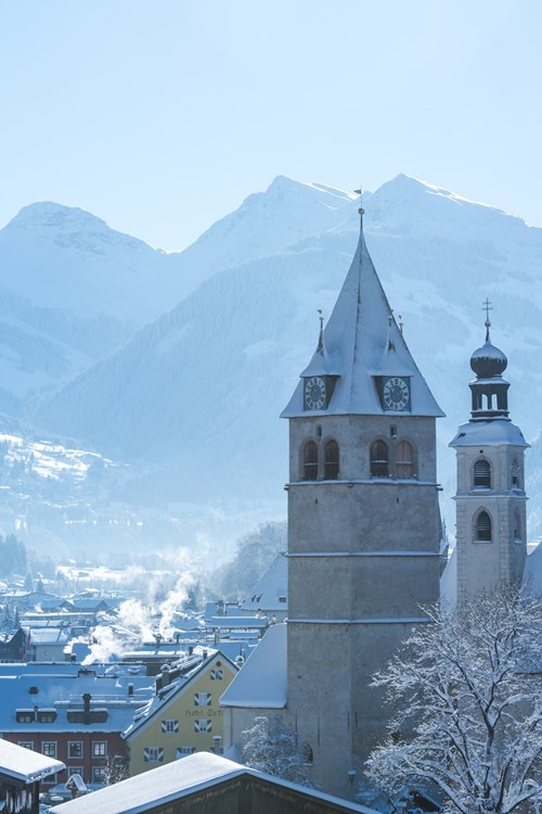 Kitzbuhel ski weekends town centre church mountains