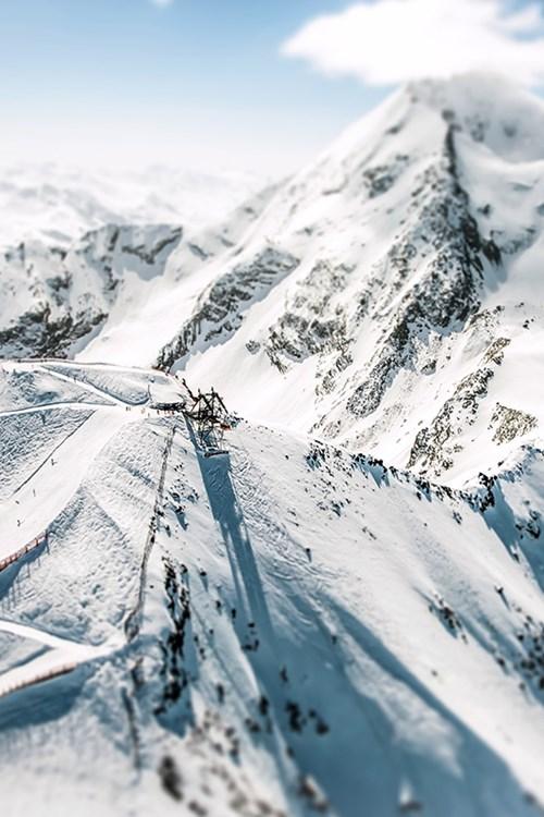 high altitude ski slopes in Les Arc 1950 - Pete Webb Aiguille