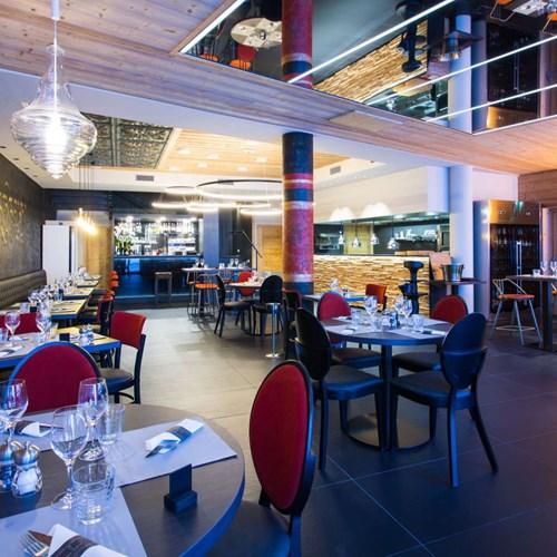 ski in, ski out hotel Taj-i Mah, Les Arcs, France - eric's restaurant