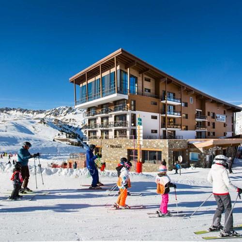 ski in, ski out hotel Taj-i Mah, Les Arcs, France - slope-side hotel