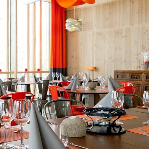 Aiguille Grive Chalets hotel, slope-side ski hotel in Les Arcs, restaurant