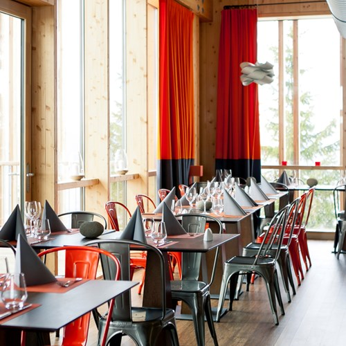 Aiguille Grive Chalets hotel, ski accommodation in Arc 1800, restaurant