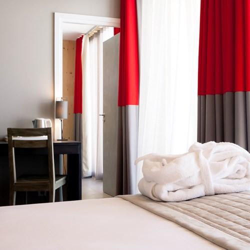 Aiguille Grive Chalets hotel, slope-side ski hotel in Les Arcs, bedroom