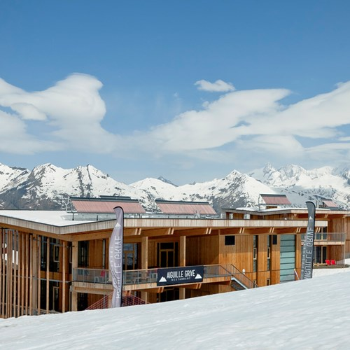 ski in, ski out hotel in Les Arcs, Aiguille Grive Hotel - from the pistes