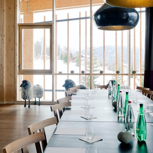 ski in, ski out hotel in Les Arcs, Aiguille Grive Hotel, France - lounge