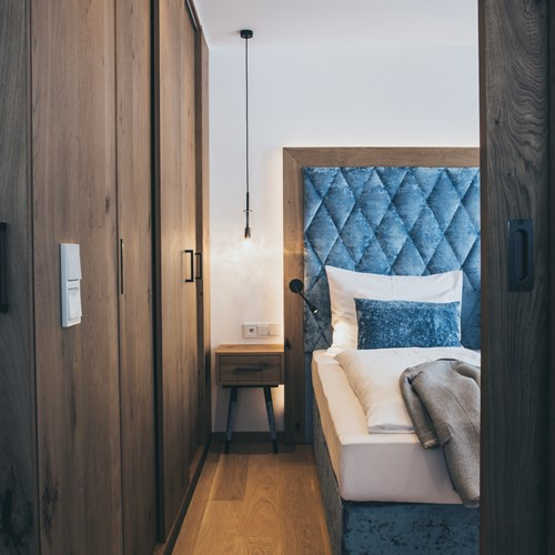 The Crystal Lifestyle Hotel, Luxury ski accommodation in Austria, bedroom