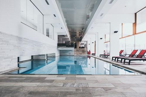 crystal lifestyle hotel obergurgl pool area
