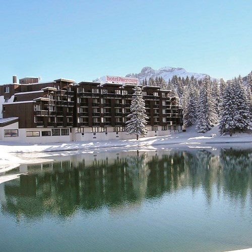 Courchevel-Mercure-hotel-exterior.jpg