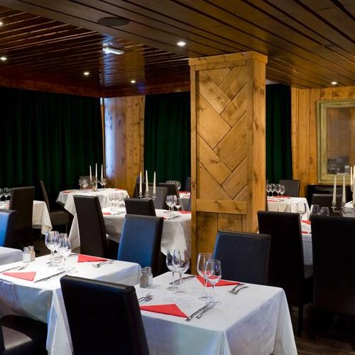 restaurant at hotel Meribel Mottaret
