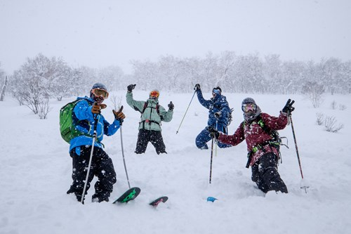 hire a guide in Japan, ski in kiroro