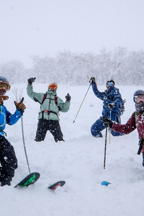 off-piste group skiing in Kiroro ski resort, skiing in Japan
