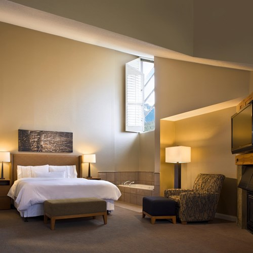 Westin-Mountain Suite Bedroom.jpg
