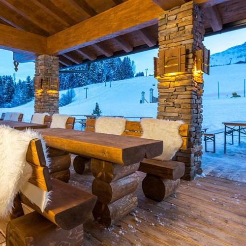 Lti Alpenhotel Kaiserfels, ski accommodation in Austria, idyllic apres hut
