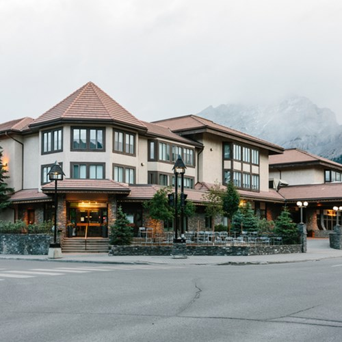 Elk + Avenue Hotel, contemporary ski hotel in Banff - accommodation exterior