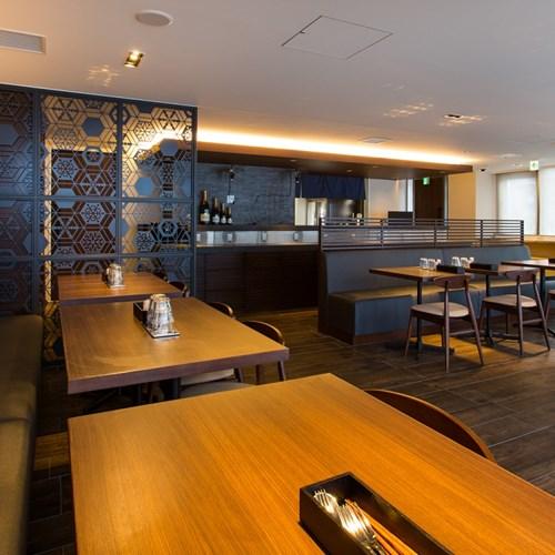 Ski Hotel Chalet Ivy-Niseko-Ski Japan-hirafuzaka restaurant