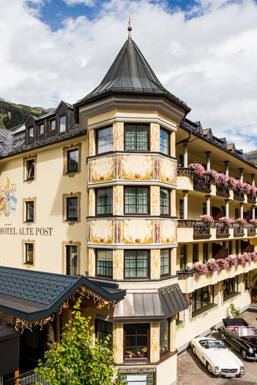 Hotel Alte Post, ski accommodation St Anton, Austria. Exterior
