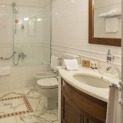 Hotel Gran Baita Courmayeur bathroom
