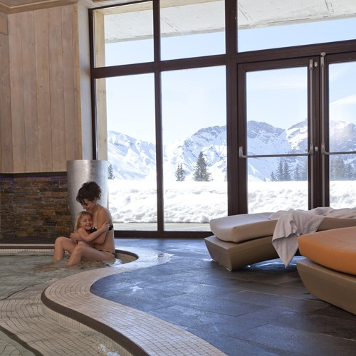 Residence L'Amara Avoriaz France indoor pool view